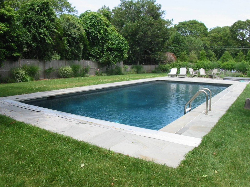 pool service in south hampton
